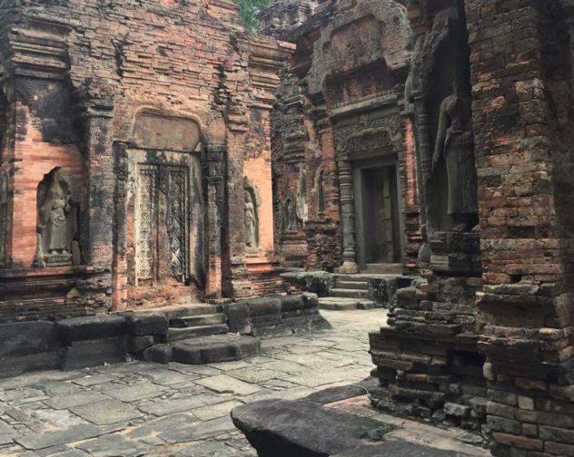 Angkor Wat Path Cambodia Siem Reap Preah Koh Temple