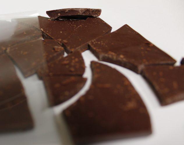 durci piura peru underground chocolate 70 closeup of bar