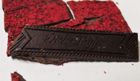 dick taylor underground chocolate vanilla raspberry back of bar chocolate closeup