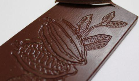Craft chocolate bar review chocolarder gorse flower 50% milk chocolate front of bar closeup