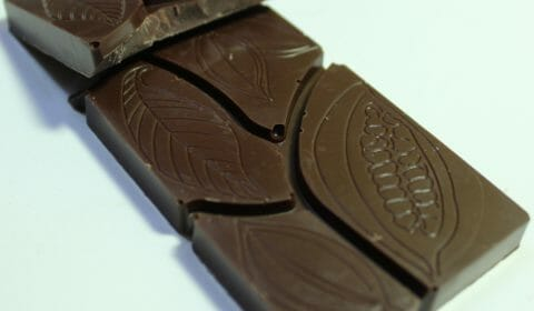 Craft Chocolate Review Damson Angel Bar Cacao Blend 65% Front of Bar Closeup