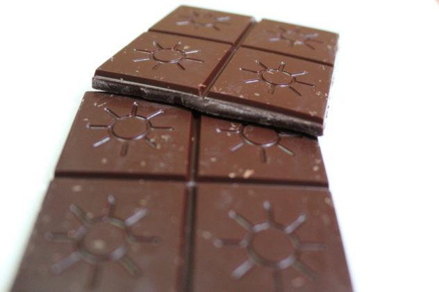 Craft Chocolate Review Solstice Utah Based India Anamalai 70% Front of Bar Closeup
