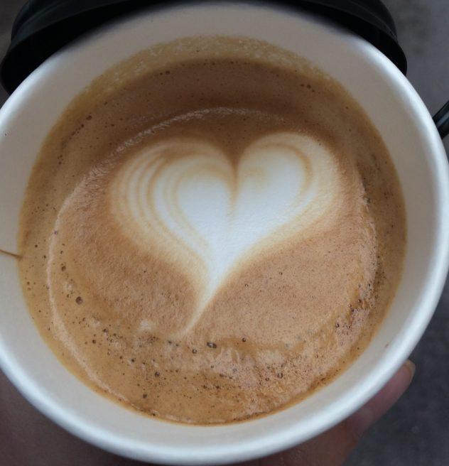 Latte art heart Korea