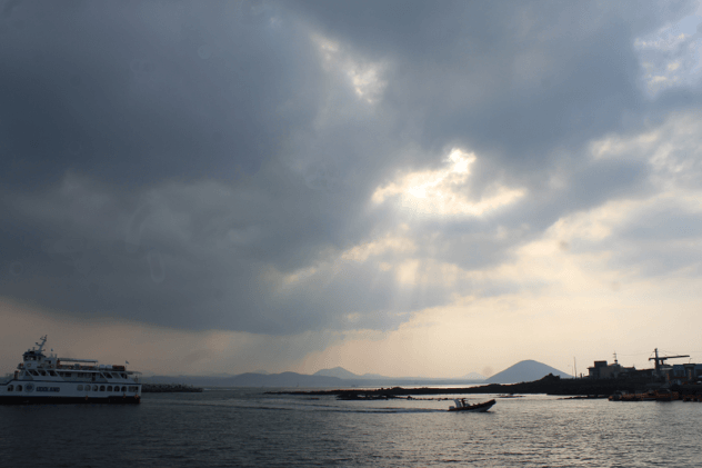 Udo Island Ferry Port 632x421 - Where To Stay On Jeju + Itinerary From A Local