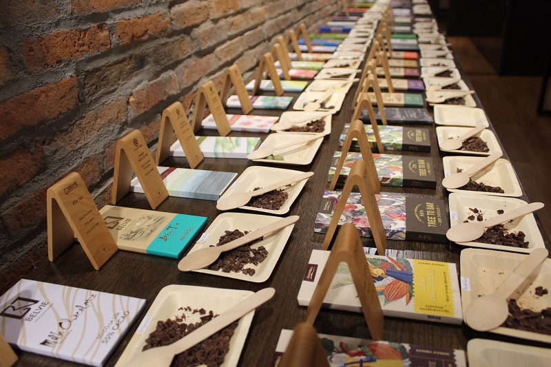 Vietnam Chocolate House Samples - Vietnamese Chocolate & Cacao Culture