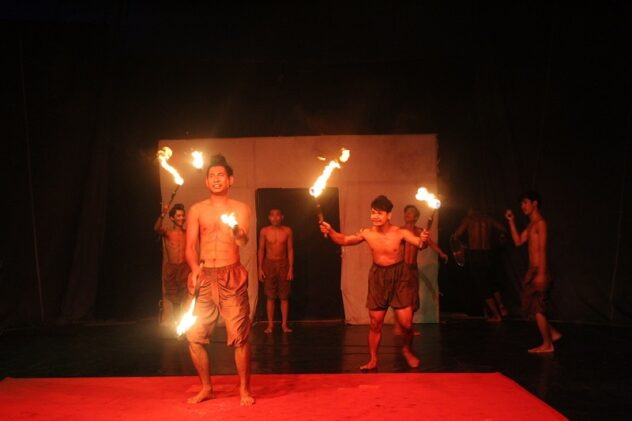 IMG 6787 632x421 - ​A Night at the Cambodian Circus: Phare Ponleu Selpak