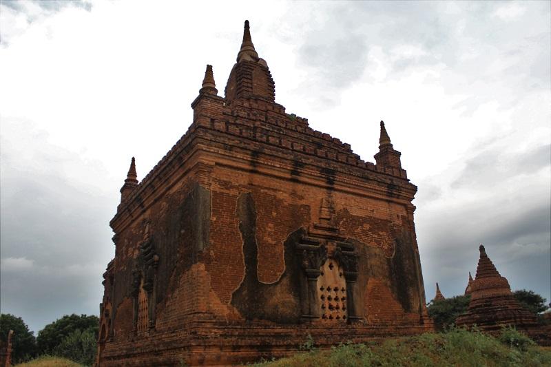 114 - 51 Travel Tips for Myanmar (Burma)