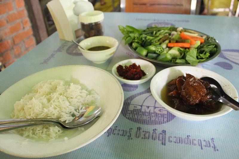 521 - 51 Travel Tips for Myanmar (Burma)