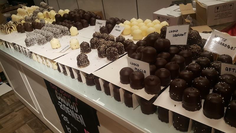 Amsterdam Belgium 662 - 33 Best Amsterdam Chocolate Shops & Destinations