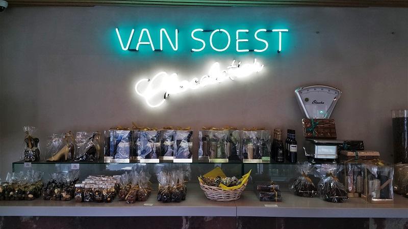 Amsterdam Belgium 667 - 33 Best Amsterdam Chocolate Shops & Destinations