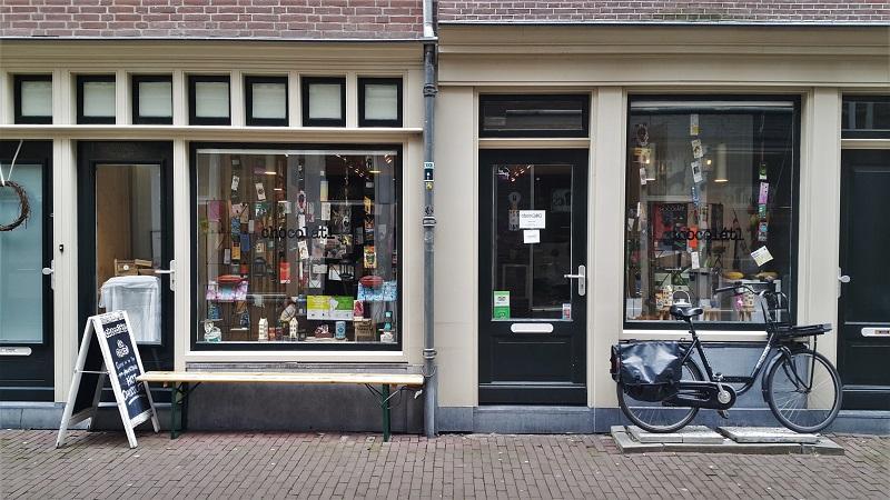 Amsterdam Belgium 671 - 33 Best Amsterdam Chocolate Shops & Destinations